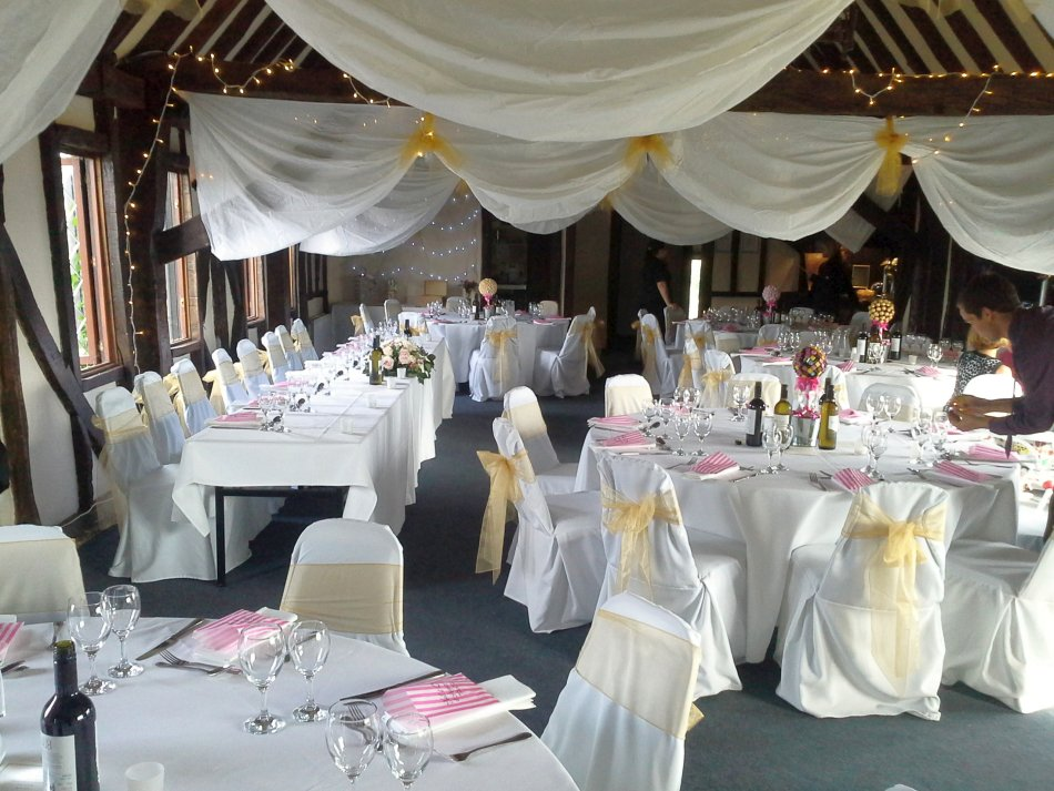 Neil and Caz's Wedding decorated tables 2